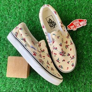 Vans Classic Slip On Ditsy Floral